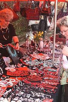 Traditioneller Ostermontagsmarkt