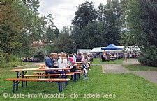 Straßenfest mit Bauern- und Kunsthandwerkermarkt